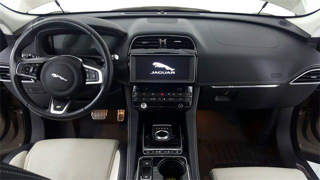 2017 Jaguar F-PACE 35t R-Sport in McKinney Texas, 75070