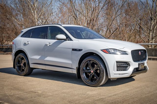 2017 Jaguar F-PACE 35t R-Sport 2 TONE RED/BLACK SEATS PANO ROOF in Memphis, Tennessee 38115
