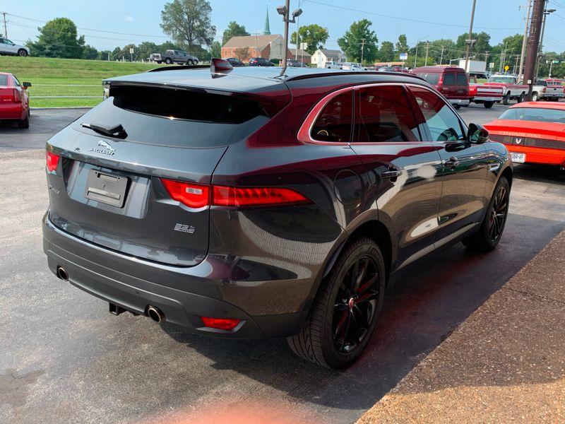 2017 Jaguar F-PACE 35t Prestige  St Charles Missouri  Schroeder Motors  in St. Charles, Missouri