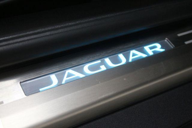 2017 Jaguar F-TYPE R Houston, Texas 31