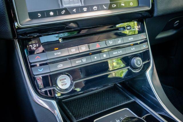 2017 Jaguar XE Prestige SUNROOF LEATHER SEATS in Memphis, TN 38115