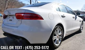 2017 Jaguar XE 25t Premium Waterbury, Connecticut 4
