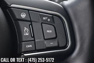 2017 Jaguar XE 25t Premium Waterbury, Connecticut 26