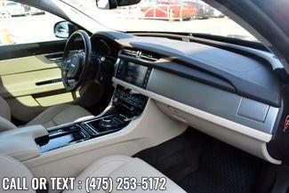 2017 Jaguar XF 20d Premium Waterbury, Connecticut 19