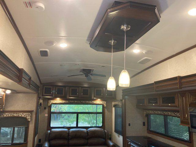 2017 Jayco Pinnacle 36FBTS in Boerne, Texas 78006