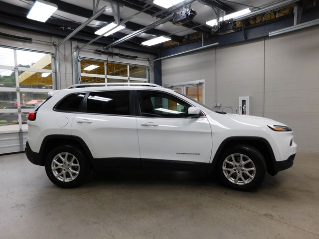 2017 Jeep Cherokee Latitude in Airport Motor Mile ( Metro Knoxville ), TN 37777
