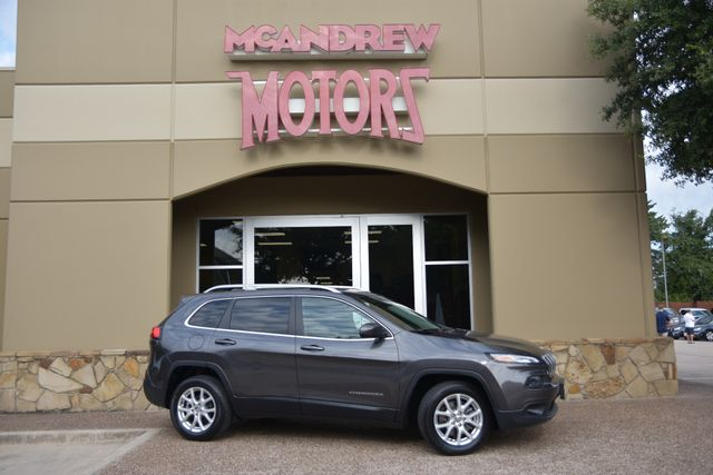2017 Jeep Cherokee Latitude...Low Miles