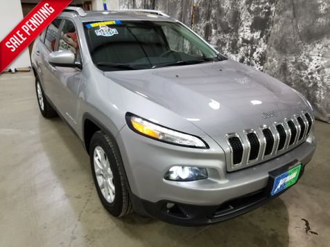 2017 Jeep Cherokee Latitude V6 AWD in Dickinson, ND