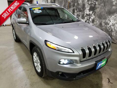 2017 Jeep Cherokee Latitude V6 AWD in Dickinson, ND