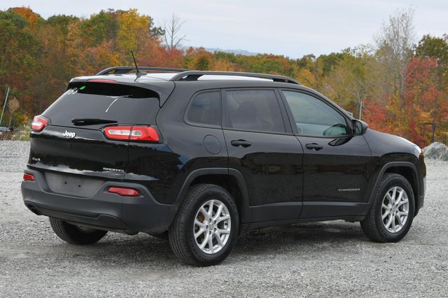 2017 Jeep Cherokee Sport Naugatuck, Connecticut 4