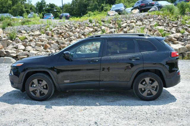 2017 Jeep Cherokee 75th Anniversary Edition 4WD Naugatuck, Connecticut 3