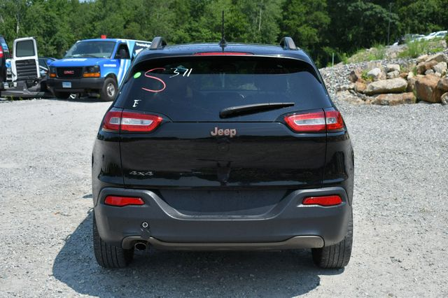 2017 Jeep Cherokee 75th Anniversary Edition 4WD Naugatuck, Connecticut 5