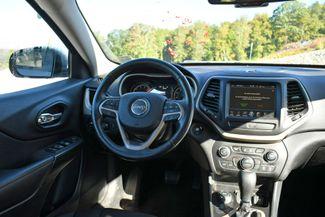2017 Jeep Cherokee 75th Anniversary Edition 4WD Naugatuck, Connecticut 18