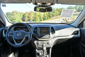 2017 Jeep Cherokee 75th Anniversary Edition 4WD Naugatuck, Connecticut 19