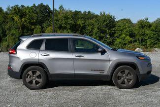2017 Jeep Cherokee 75th Anniversary Edition 4WD Naugatuck, Connecticut 7