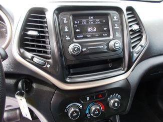 2017 Jeep Cherokee Sport Shelbyville, TN 28