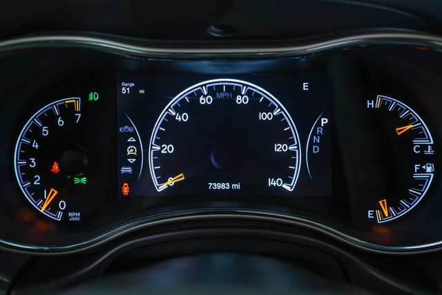 2017 Jeep Grand Cherokee Limited in Addison, Texas 75001