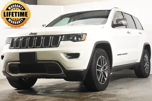 2017 Jeep Grand Cherokee Limited w/ Blind Spot/ Nav/ Sunroof in Branford, CT 06405