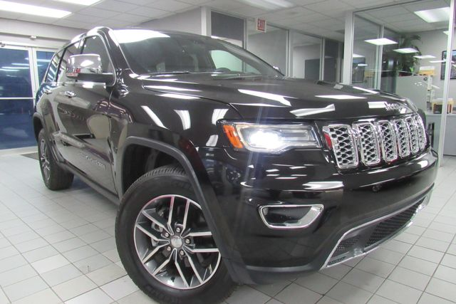 2017 Jeep Grand Cherokee Limited W/ NAVIGATION SYSTEM/ BACK UP CAM Chicago, Illinois