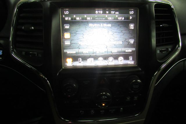 2017 Jeep Grand Cherokee Limited W/ NAVIGATION SYSTEM/ BACK UP CAM Chicago, Illinois 31