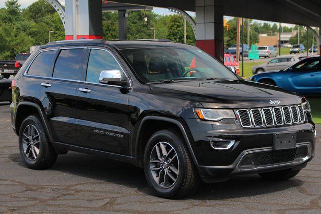 2017 Jeep Grand Cherokee Limited 4X4 - LUXURY GROUP II - NAV - PANO ROOF! Mooresville , NC 21