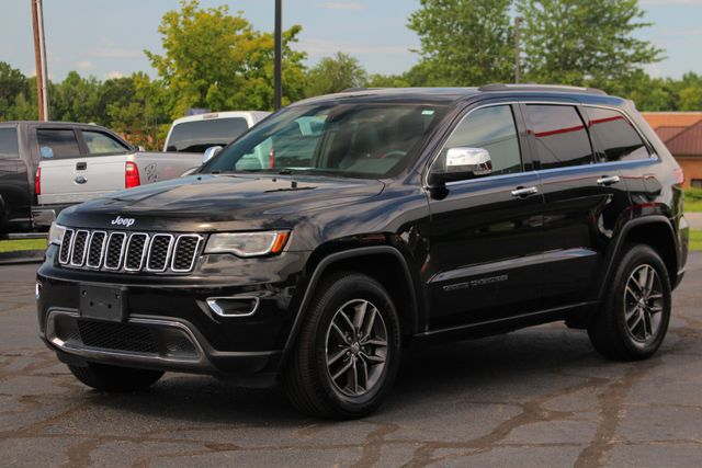 2017 Jeep Grand Cherokee Limited 4X4 - LUXURY GROUP II - NAV - PANO ROOF! Mooresville , NC 22