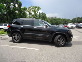 2017 Jeep Grand Cherokee Limited LUXURY GROUP. NAVI. PANORAMIC SEFFNER, Florida 9