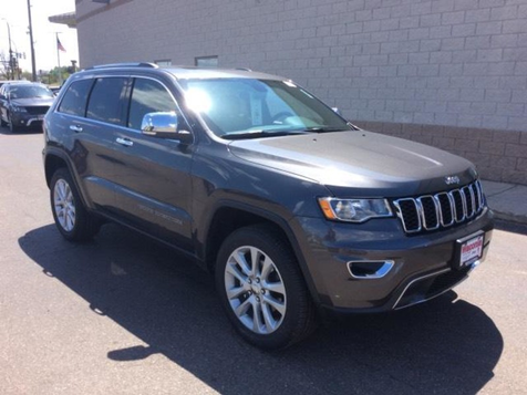 2017 Jeep Grand Cherokee Limited in Victoria, MN