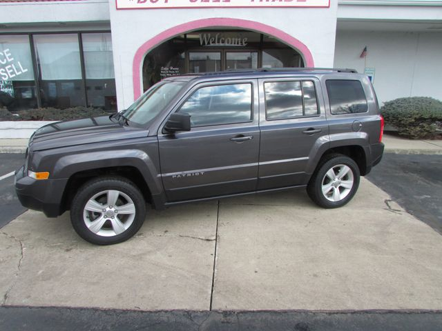2017 Jeep Patriot Latitude 4WD *SOLD