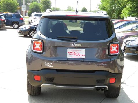 2017 Jeep Renegade Limited 4WD Leather Granite Crystal Metallic  in Ankeny, IA
