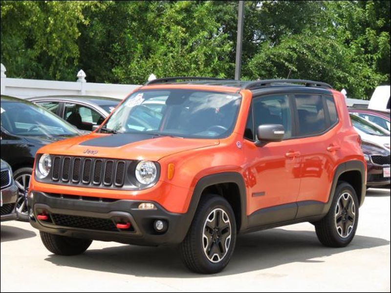 2017 Jeep Renegade Trailhawk 4WD Omaha Orange  'TRAIL RATED' in Ankeny IA