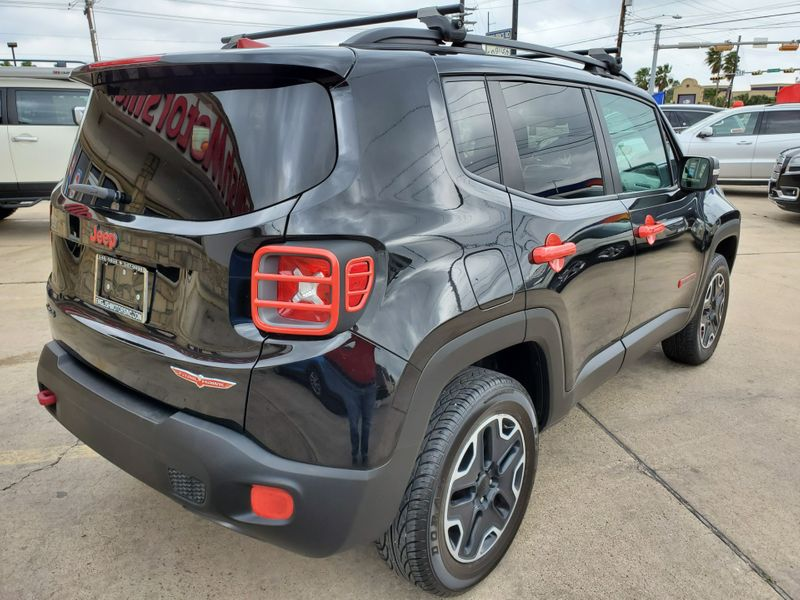 2017 Jeep Renegade Trailhawk  Brownsville TX  English Motors  in Brownsville, TX