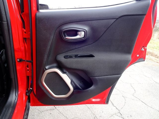 2017 Jeep Renegade Latitude Madison, NC 31