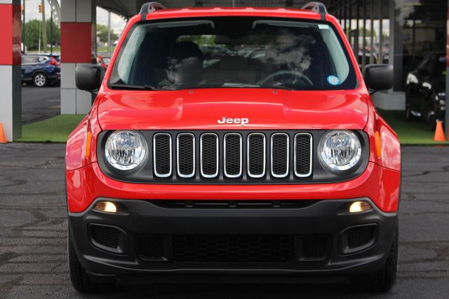 """2017 Jeep Renegade Sport FWD - SPORT APPEARANCE GROUP - 5"""" UCONNECT! Mooresville , NC 17"""