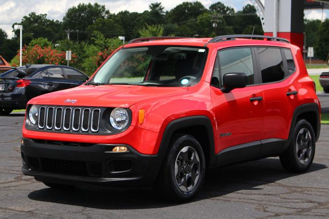 """2017 Jeep Renegade Sport FWD - SPORT APPEARANCE GROUP - 5"""" UCONNECT! Mooresville , NC 24"""