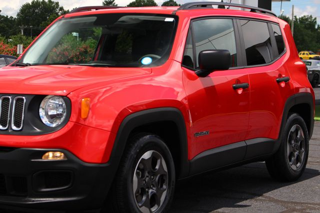 """2017 Jeep Renegade Sport FWD - SPORT APPEARANCE GROUP - 5"""" UCONNECT! Mooresville , NC 28"""