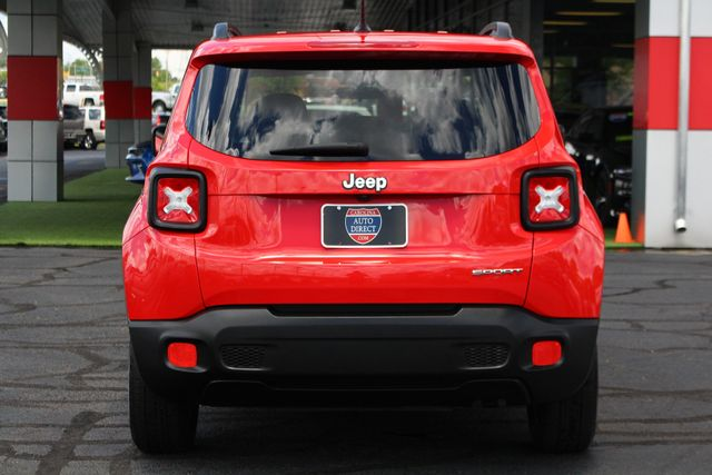 """2017 Jeep Renegade Sport FWD - SPORT APPEARANCE GROUP - 5"""" UCONNECT! Mooresville , NC 18"""