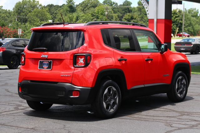 """2017 Jeep Renegade Sport FWD - SPORT APPEARANCE GROUP - 5"""" UCONNECT! Mooresville , NC 25"""