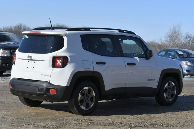 2017 Jeep Renegade Sport Naugatuck, Connecticut 4