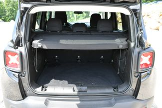 2017 Jeep Renegade Altitude 4WD Naugatuck, Connecticut 13