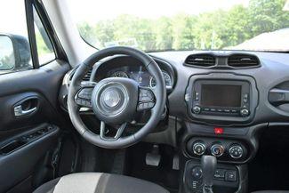2017 Jeep Renegade Altitude 4WD Naugatuck, Connecticut 17