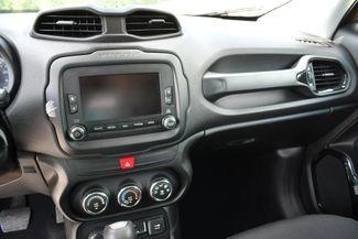 2017 Jeep Renegade Altitude 4WD Naugatuck, Connecticut 23