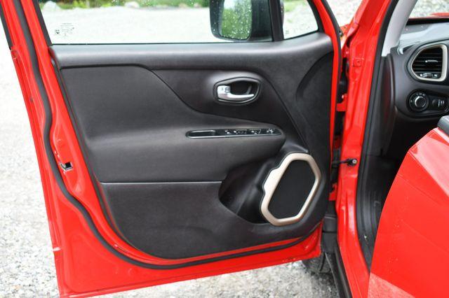 2017 Jeep Renegade Sport 4WD Naugatuck, Connecticut 21