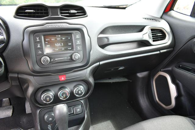 2017 Jeep Renegade Sport 4WD Naugatuck, Connecticut 24