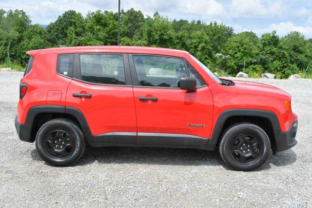 2017 Jeep Renegade Sport 4WD Naugatuck, Connecticut 7