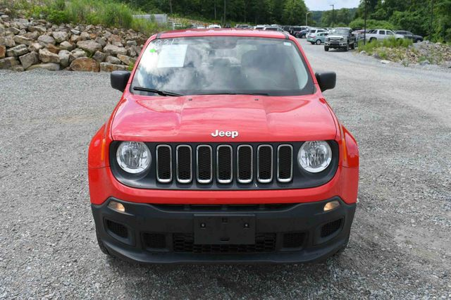 2017 Jeep Renegade Sport 4WD Naugatuck, Connecticut 9