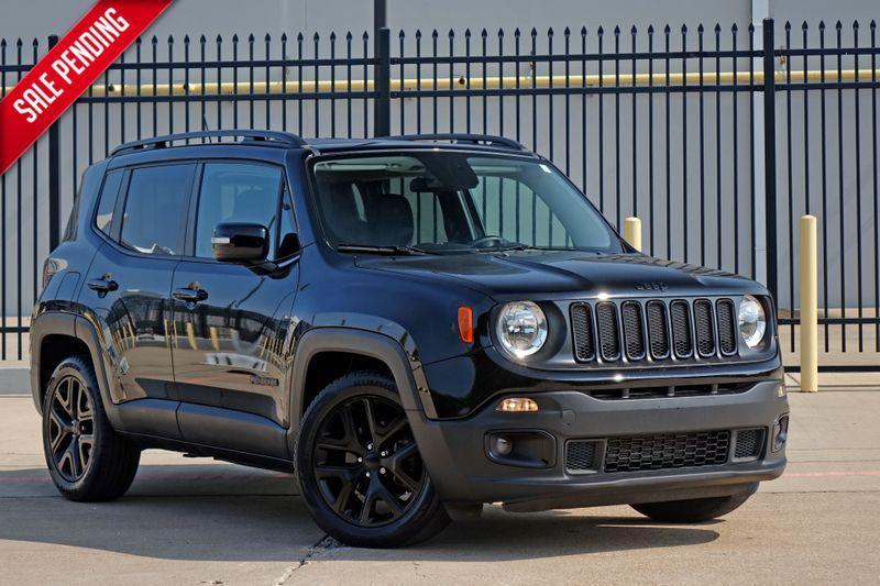 2017 Jeep Renegade Altitude*Only 33k mi*Sunroofs*   Plano, TX   Carrick's Autos in Plano TX