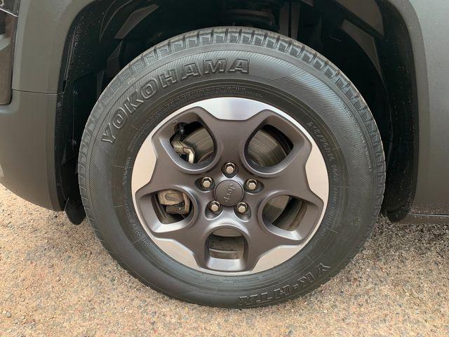 2017 Jeep Renegade Sport 3 MONT/3,000 MILE NATIONAL POWERTRAIN WARRANTY Mesa, Arizona 19