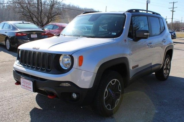 2017 Jeep Renegade Trailhawk St. Louis, Missouri 2