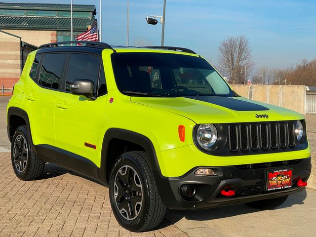 2017 Jeep Renegade Trailhawk 4X4 ONLY 29K MILES LIKE NEW HYPERGREEN in Woodbury, New Jersey 08093